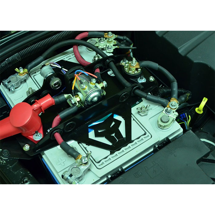 Image of Genesis Offroad Dual Battery Kit With 200 Amp Isolator - Black Powder Coated