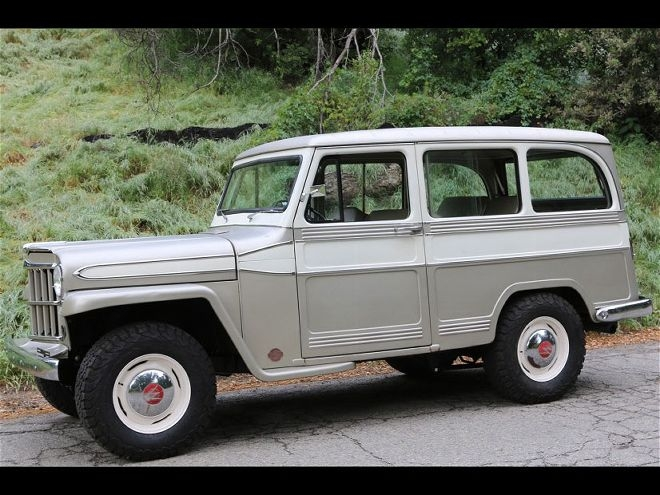 1960-willys-overland-wagon-2