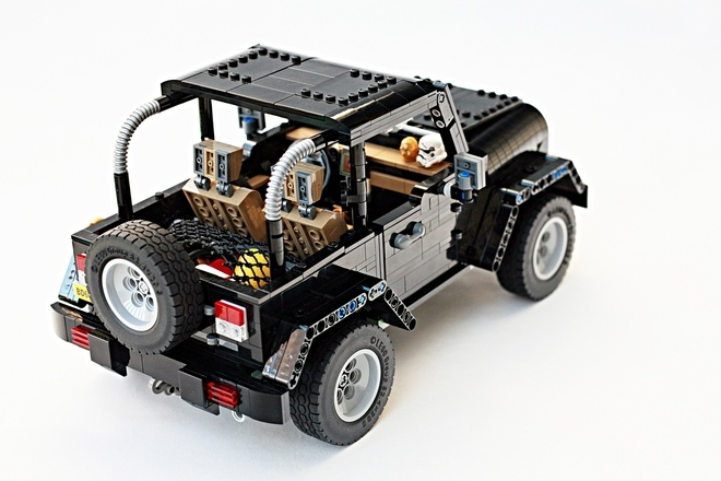Vote to Support a Lego Jeep Wrangler