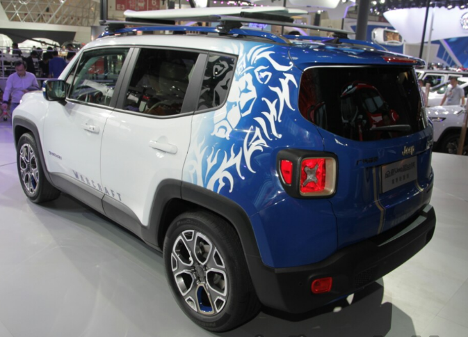 Jeep-Renegade-Warcraft-edition2