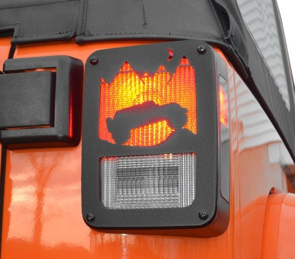 Jeep Tweaks Taillight Cover