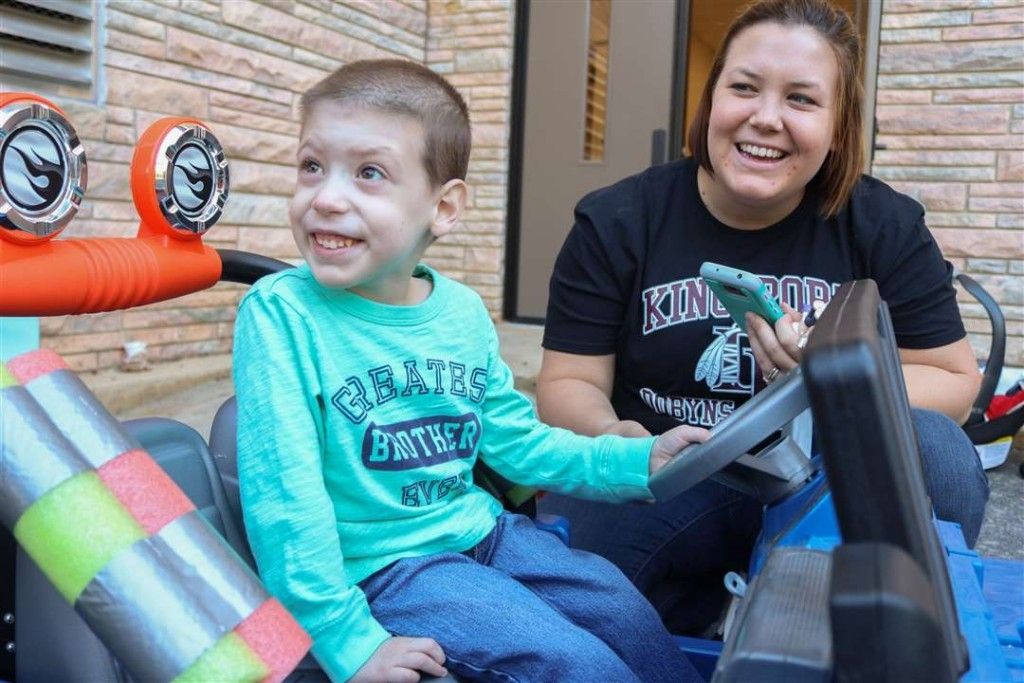 Engineering Students bring Jeep Life to a Boy in Need
