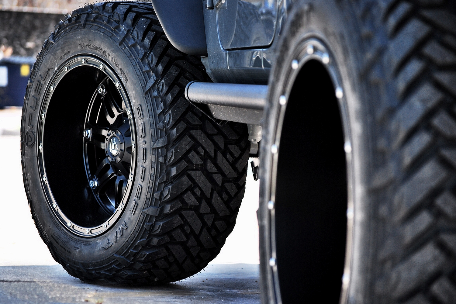 Unbalanced-Jeep-Wrangler-Tires