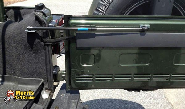rugged ridge jeep tailgate assist hold open