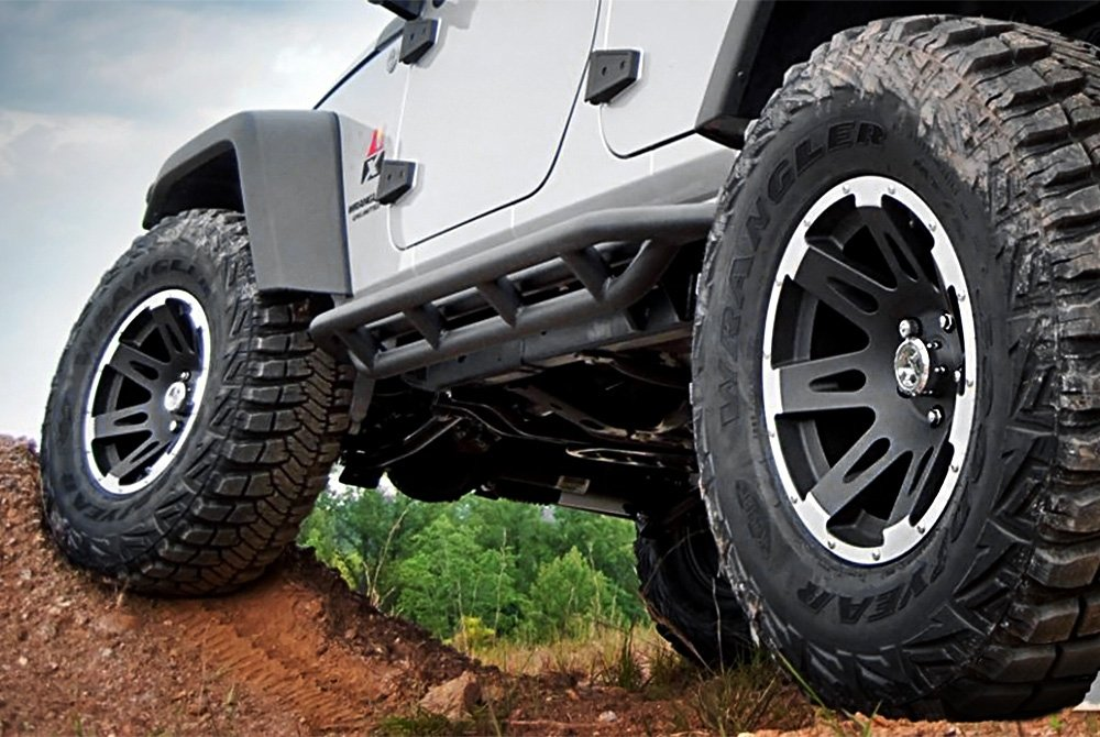 Jeep Wrangler tires side view